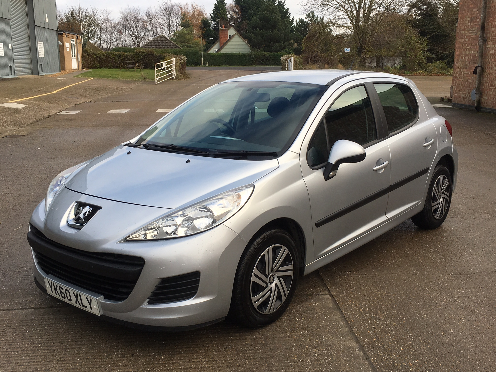 peugeot 207 s 1 4 hdi 5dr 2010 sold willow car sales newmarket. Black Bedroom Furniture Sets. Home Design Ideas
