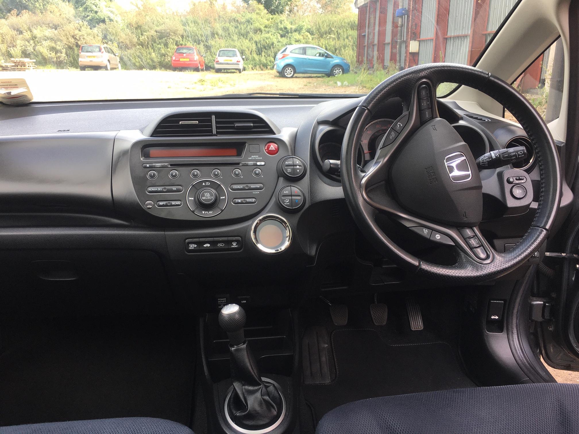 Jazz steering wheel